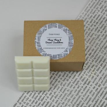 Sojowe woski zapachowe z naturalnymi olejkami Ylang Sandałowy