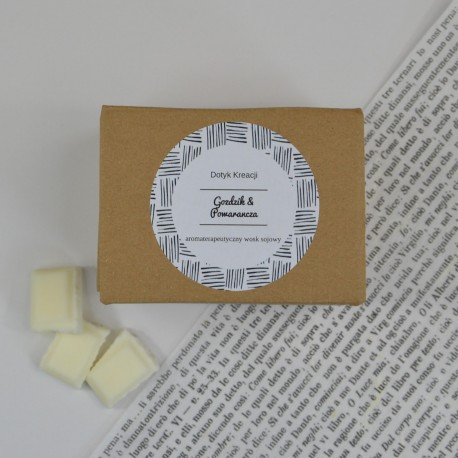 Sojowe woski zapachowe z naturalnymi olejkami Gożdzik i Pomarańcza